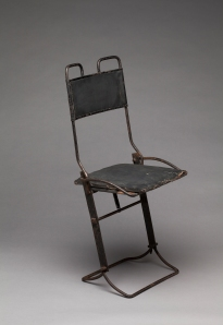 C. A. Buffington & Co. (Berkshire, NY), Automobile Folding Chair, patented 1912. Milwaukee Art Museum, Gift of David and Toni Damkoehler, M2011.10. Photo by John R. Glembin.