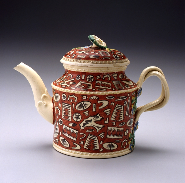 Teapot. England, c. 1785. Creamware. Chipstone Foundation. Photo: Gavin Ashworth