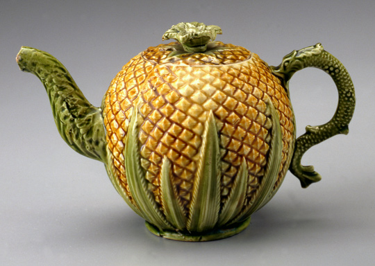 Teapot, ca. 1770 Staffordshire, England Earthenware (creamware) Photo by Gavin Ashworth