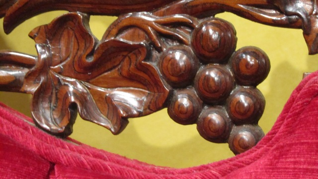 Attributed to John Henry Belter, Sofa, ca. 1850. Detail. Bequest of Mary Jane Rayniak in memory of Mr. and Mrs. Joseph G. Rayniak, M1987.16. Photo by the author.