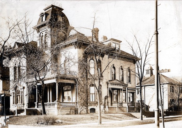 Alonzo Matthews Residence (1300 Grand Avenue), Milwaukee, Wisconsin, ca. 1900. Courtesy Carl Backus, via The Pabst Mansion.