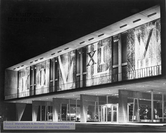 Front view of the Milwaukee County War Memorial Center with mural.Eero Saarinen collection, 1880-2004 (inclusive), 1938-1962 (bulk). Manuscripts & Archives, Yale University