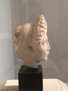 Roman [Flavian Period], Head of a Noble Woman, 96–100 AD. Pentelic Marble. Milwaukee Art Museum, purchase, with funds from the Woman's Exchange. Photo credit Chelsea Kelly.